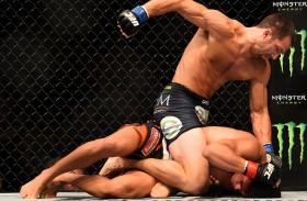 ROCKHOLD CAZA AL DRAGON: RESULTADOS ESTELARES NEW JERSEY UFC