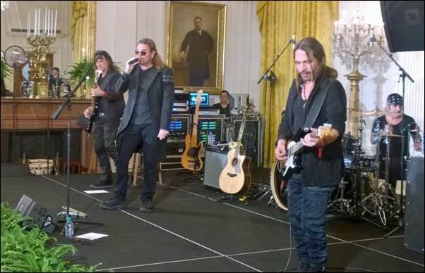Mana Casa Blanca