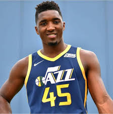 DONOVAN MITCHELL SUPERA MARCA DE JORDAN EN PLAYOFFS